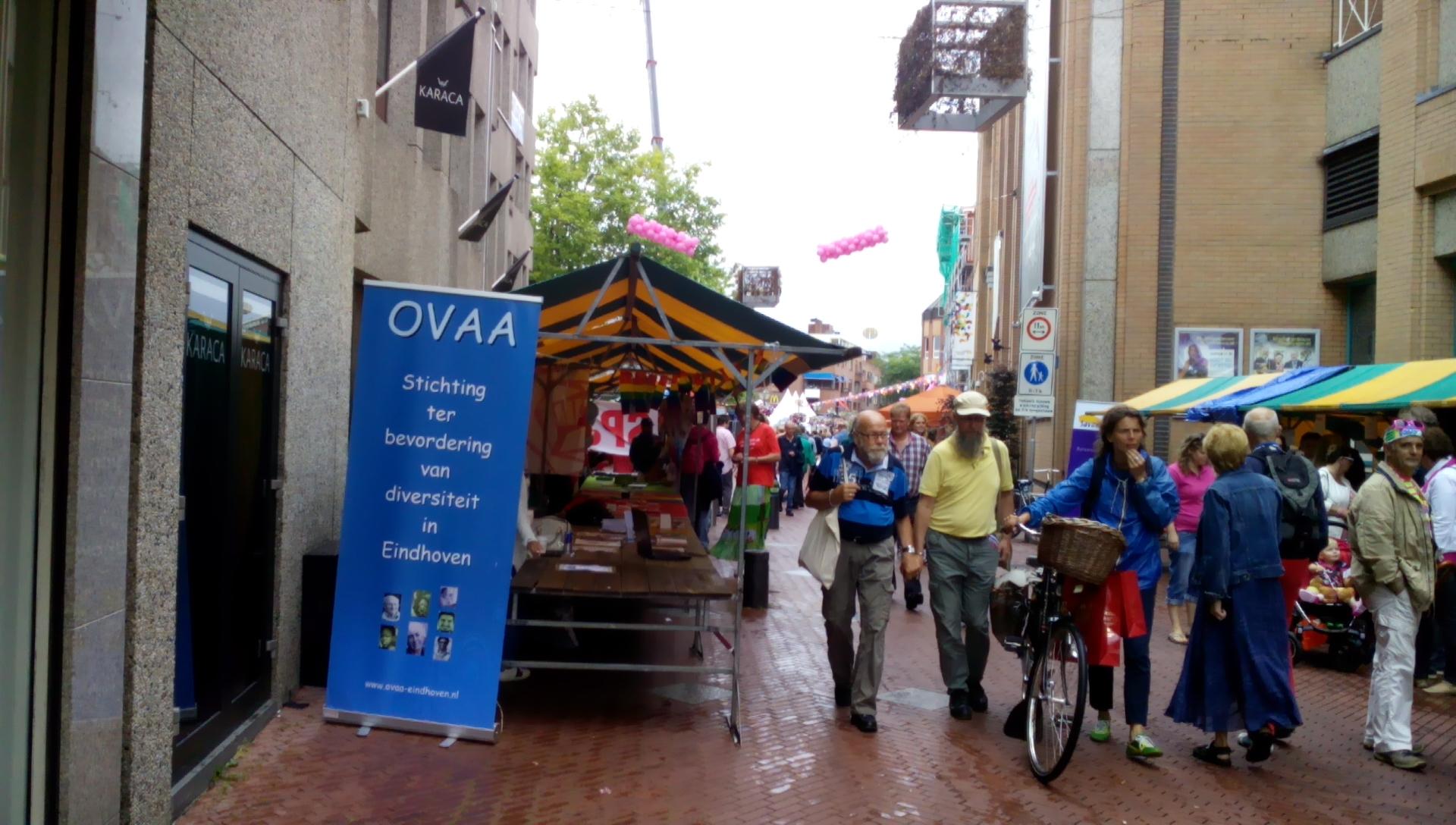 Info stand OVAA op Roze zaterdag