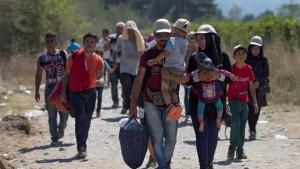 161207-vluchtelingen-onderweg